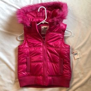 NWT Justice Vest!!
